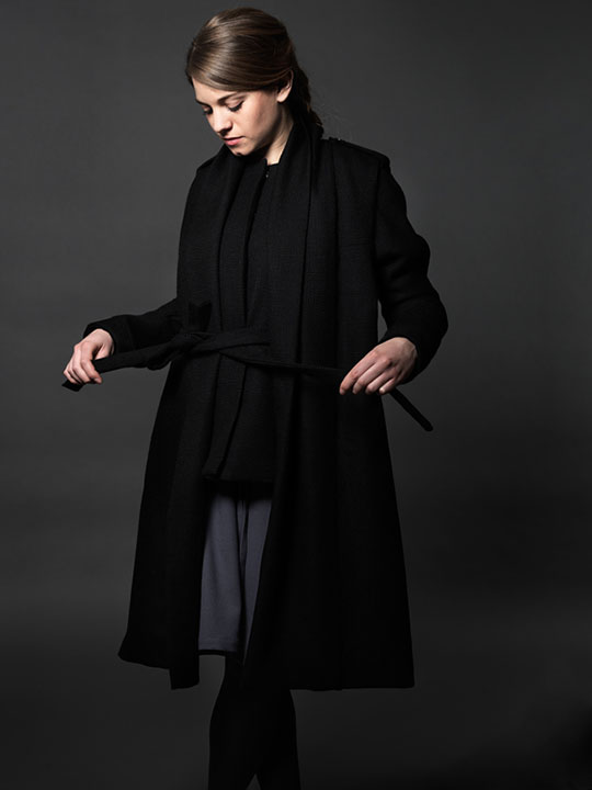 AW12 Braille